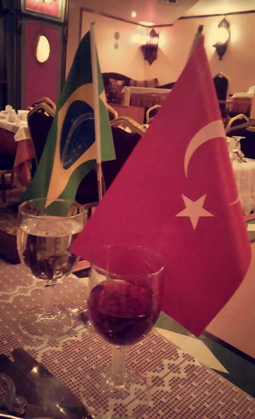 bandeira_brasil_turquia_sultanas_show