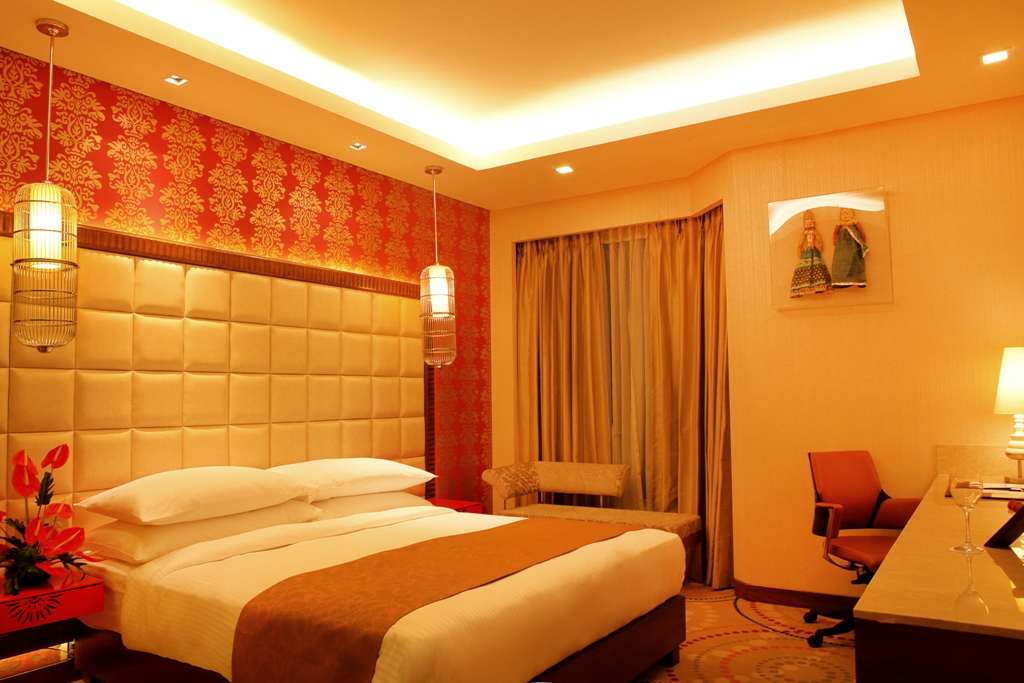 Quarto de casal do hotel The Metropolitan em Nova Delhi, India.