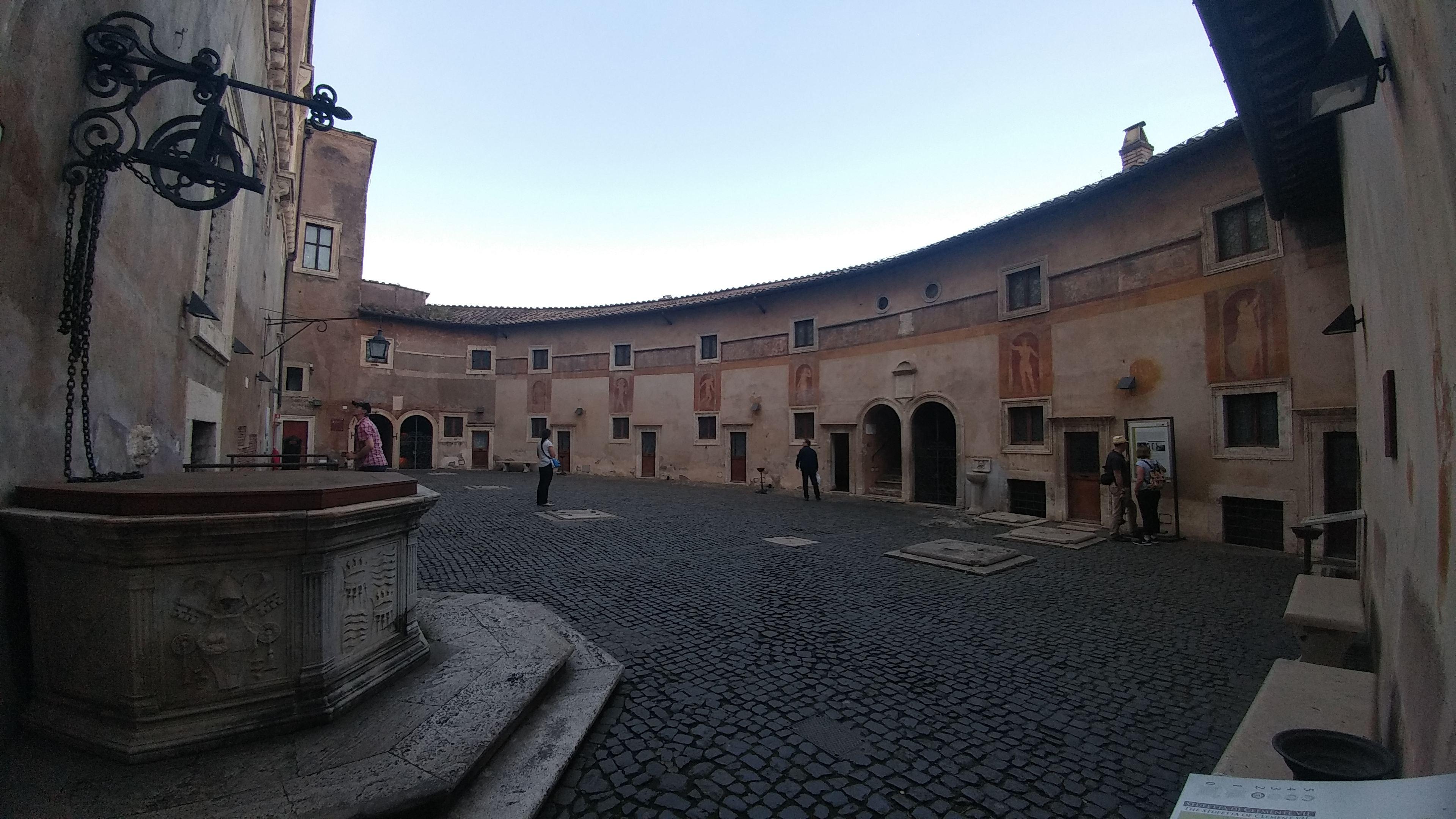 patio-castelo-roma