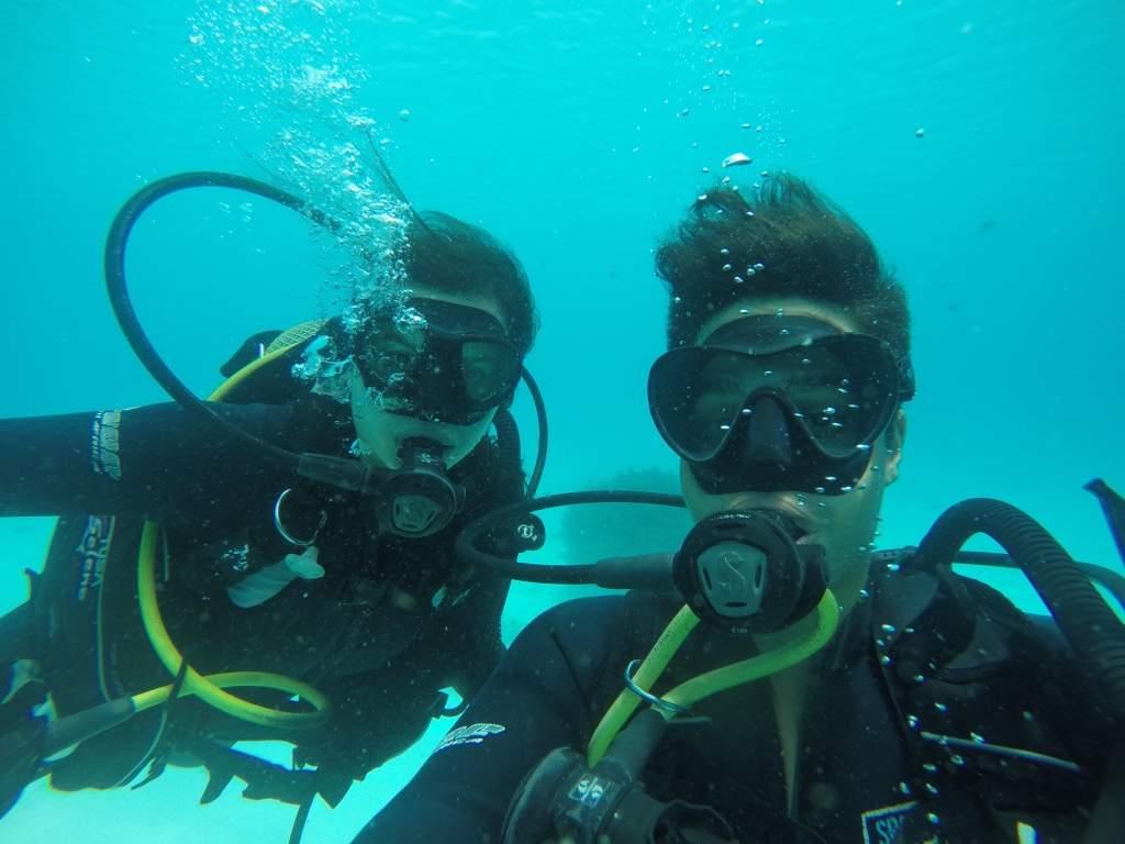 Mergulhando no Índico