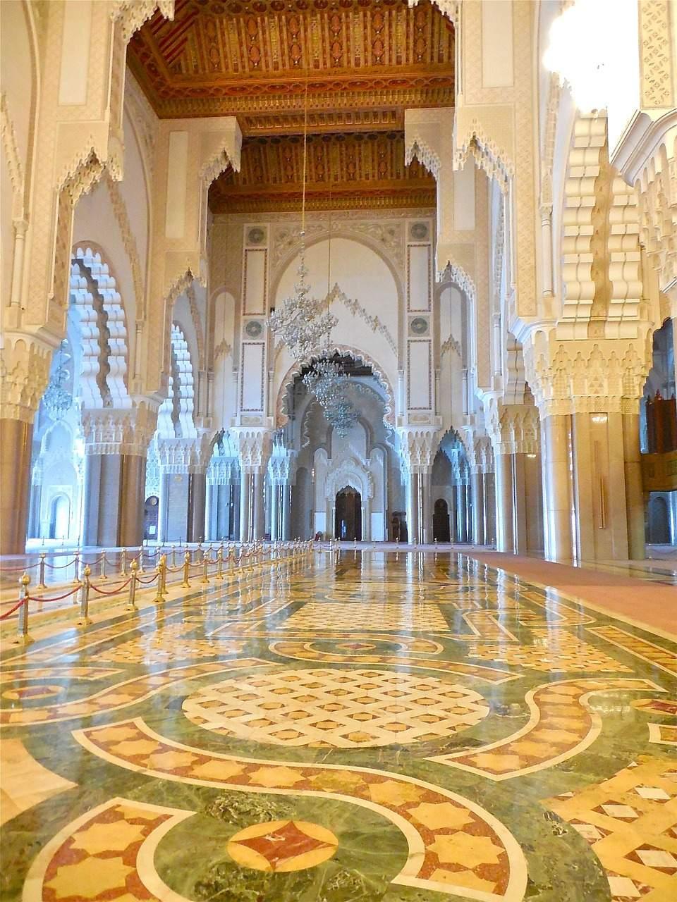 nao-e-caro-viajar-marrocos-casablanca-3 (1)