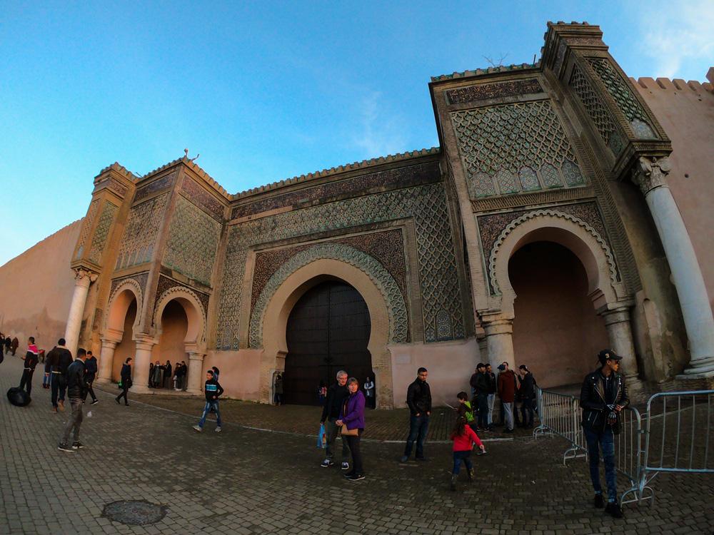 Um dos portões de acesso a medina de Meknès
