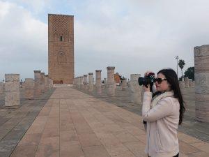 Amanda tirando algumas fotos