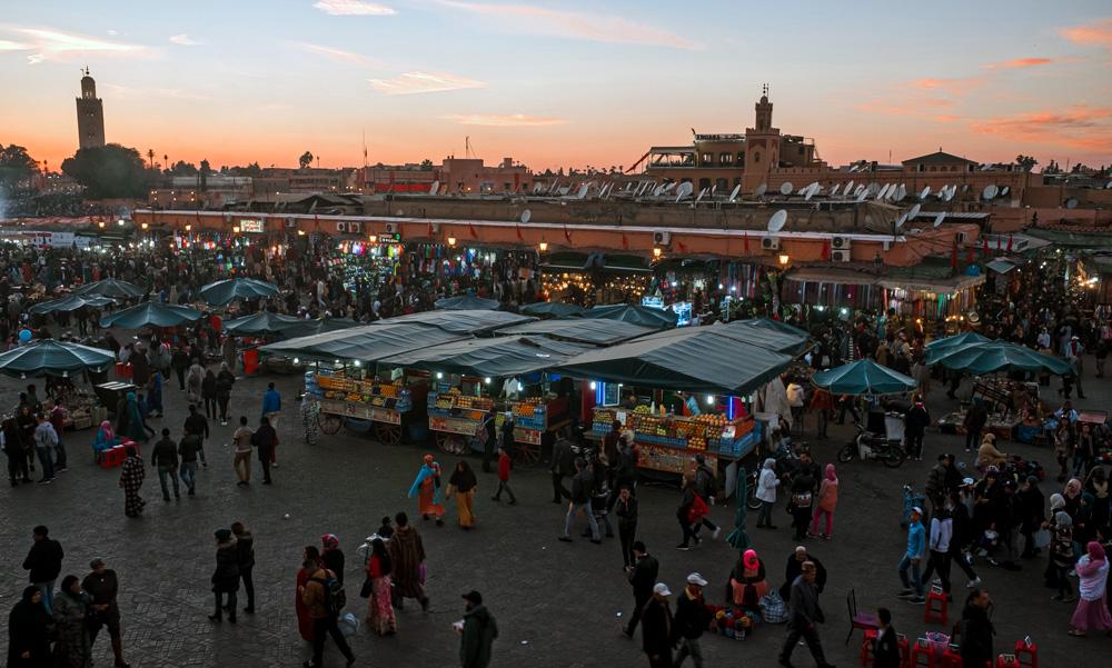 Vista aérea da praça Jeema el Fna em Marrakech, Marrocos.