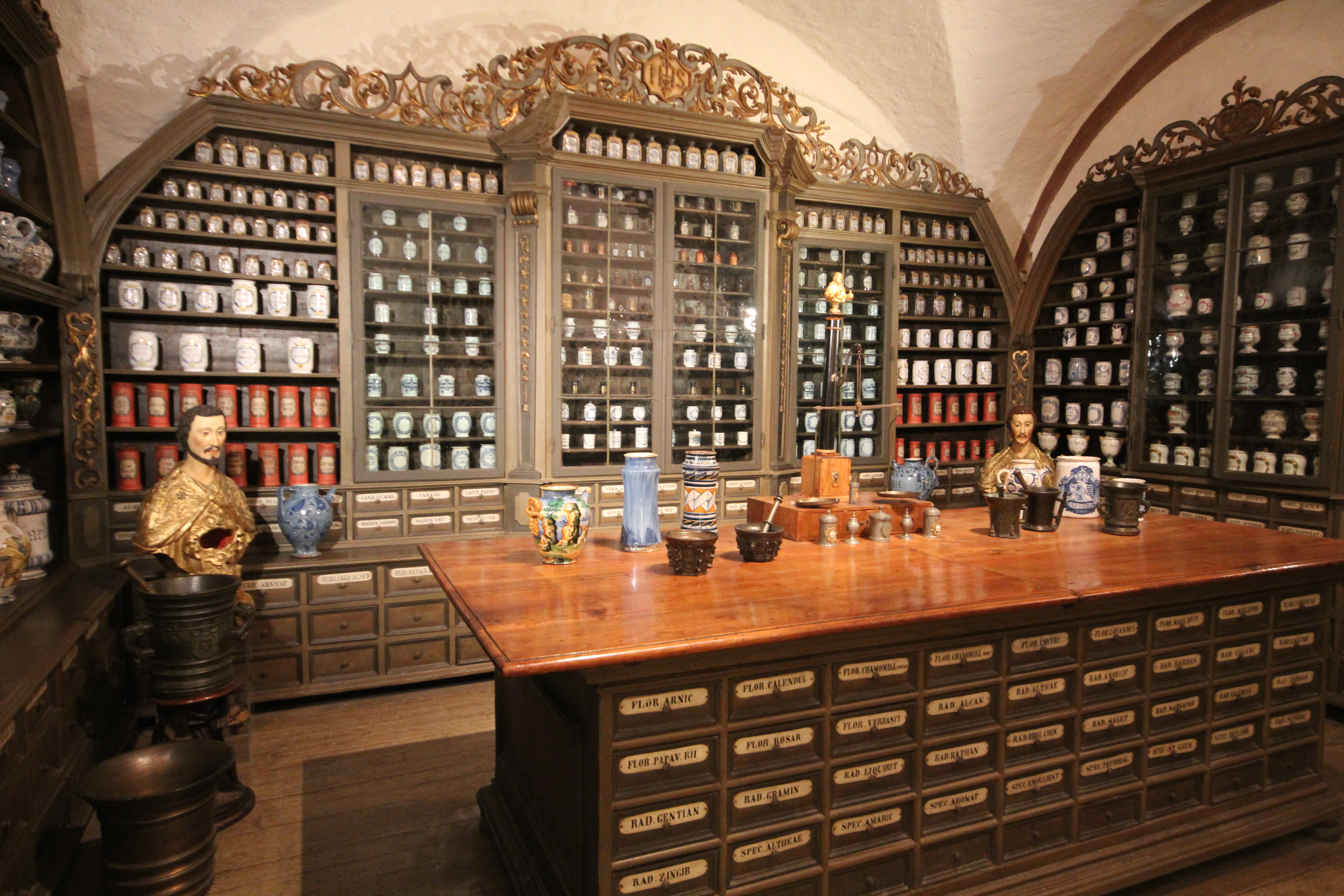 nao-e-caro-viajar-alemanha-heidelberg-farmacia