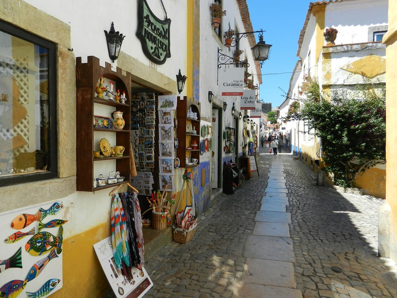 Ruas da vila de Óbidos