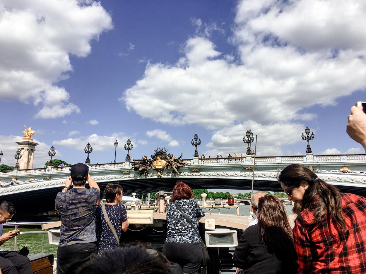 Vale a pena fazer o cruzeiro pelo rio Sena em Paris?
