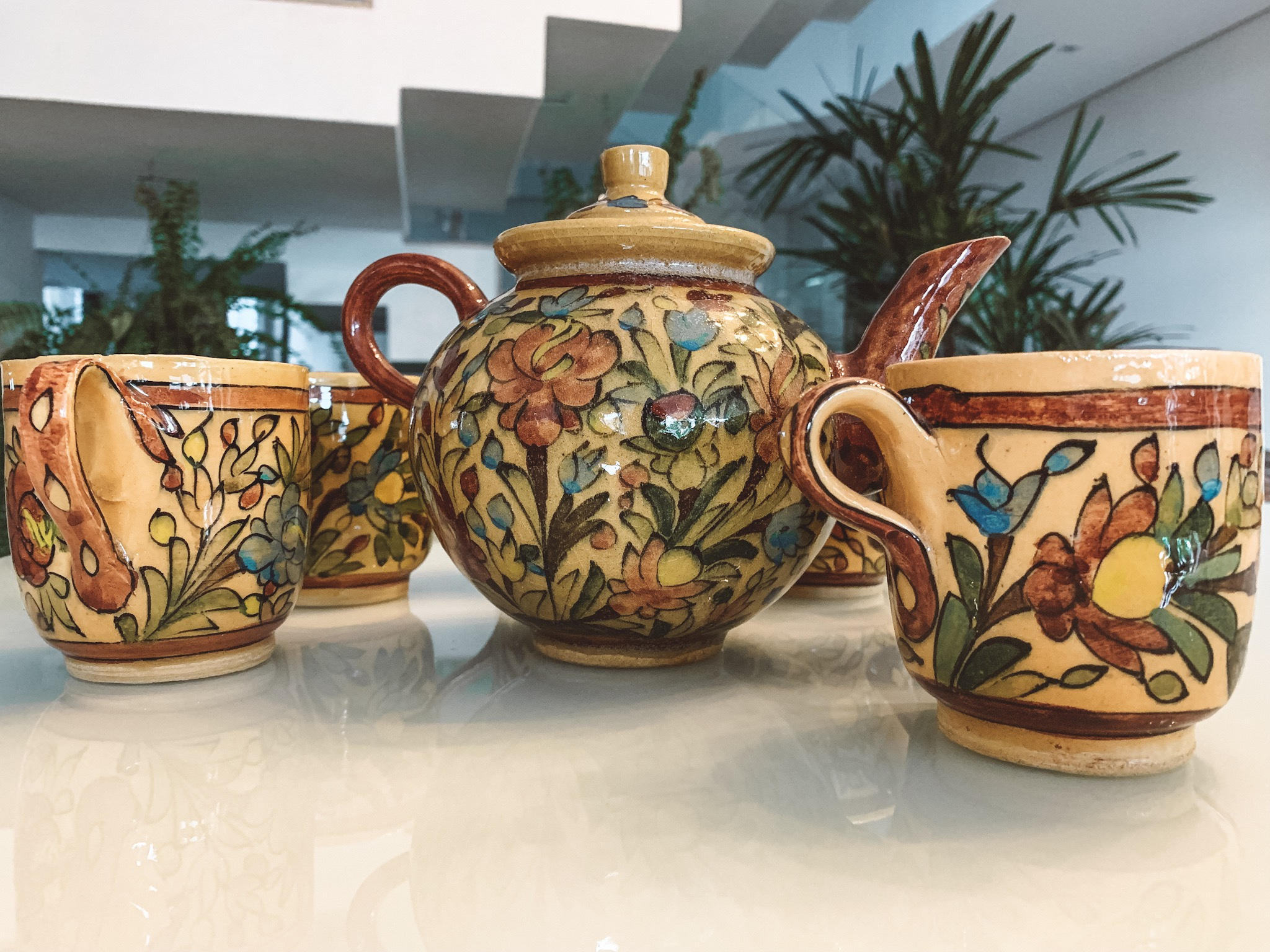 O que comprar no Irã:  Jogo de chá de 11 dólares