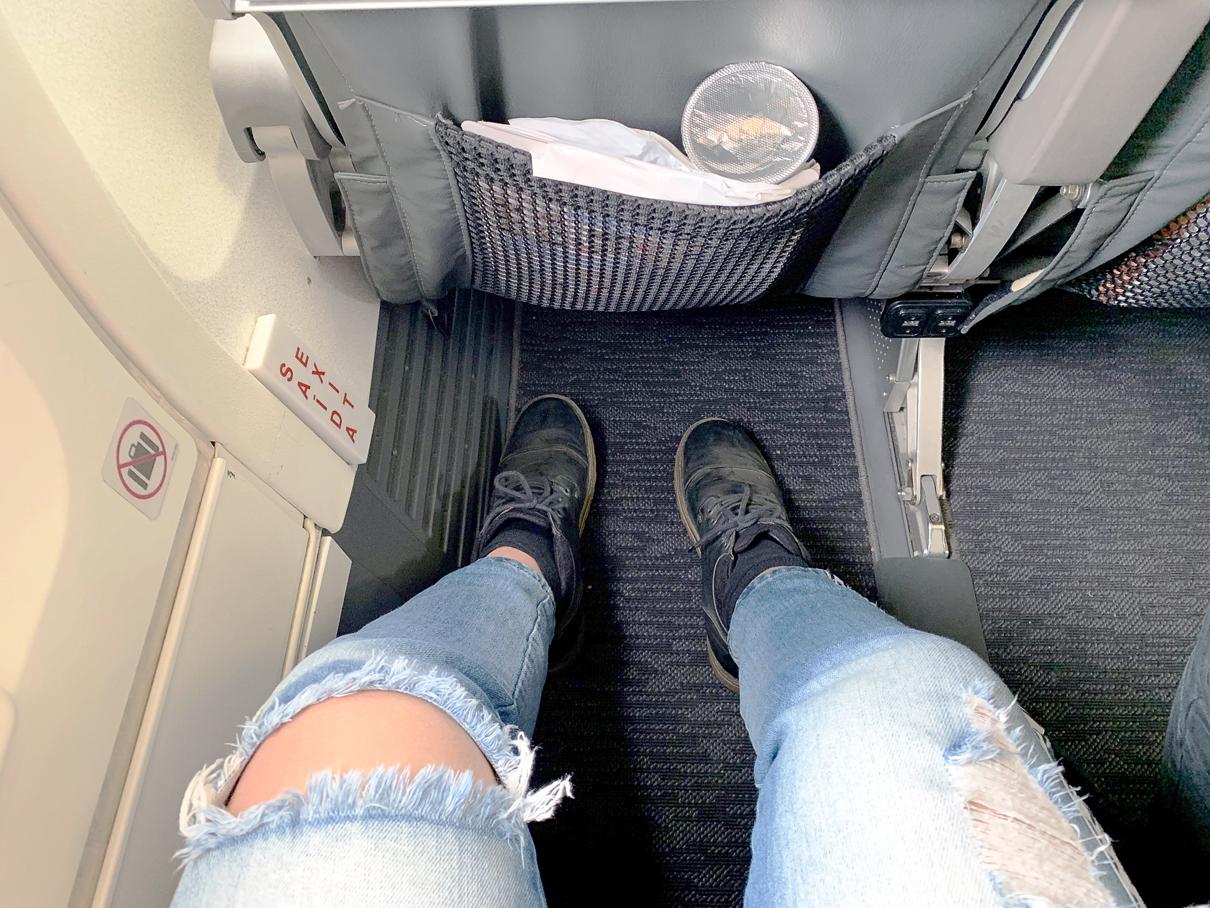 Espaço para os pés: Classe econômica da GOL - 737-800 de Guarulhos para Santiago