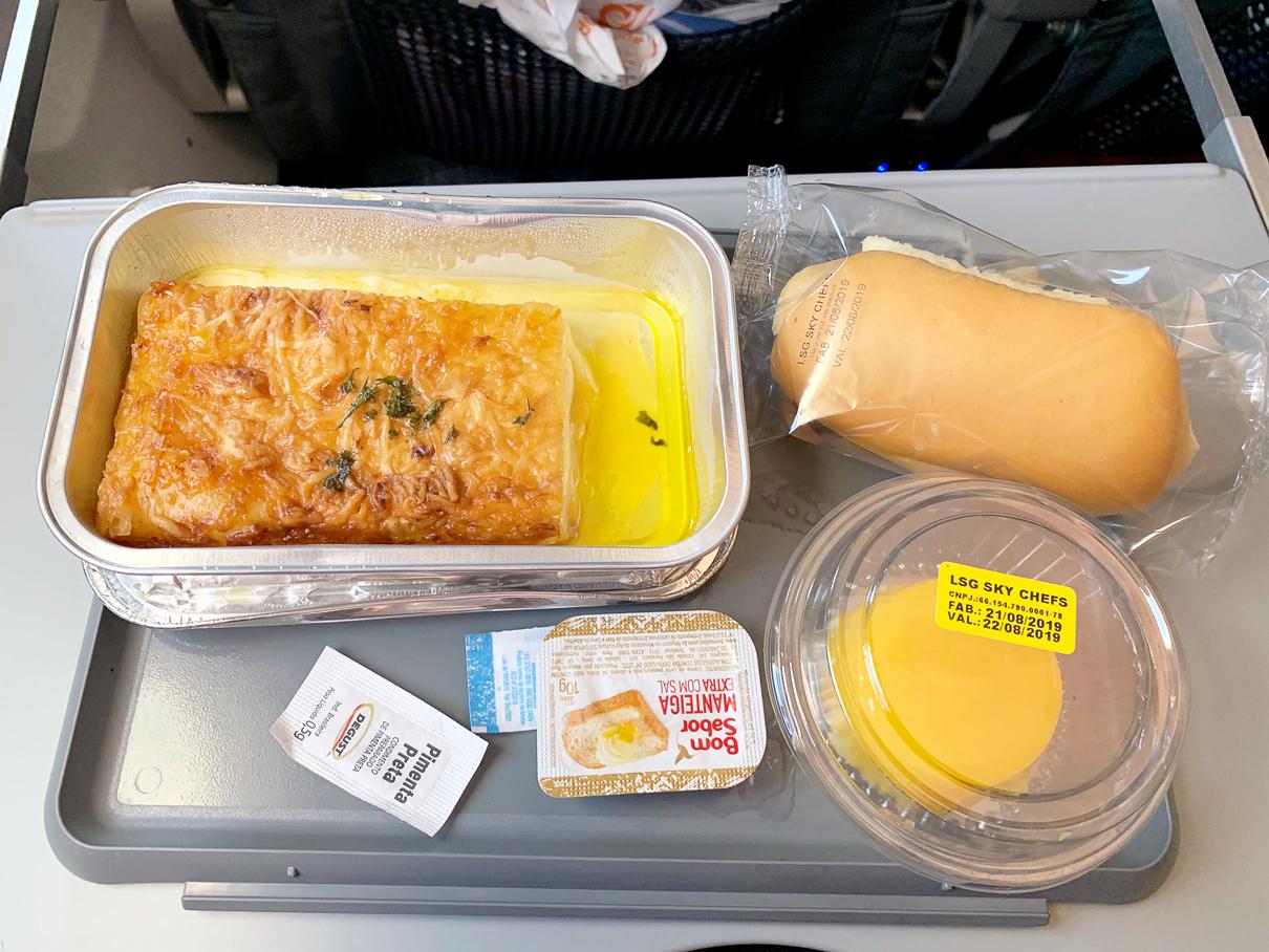Refeição: Classe econômica da GOL - 737-800 de Guarulhos para Santiago
